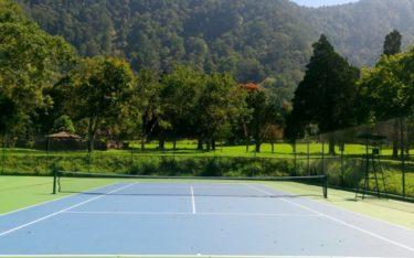 empty tennis court handara