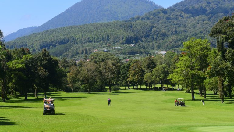 golf venues - golfing in bali