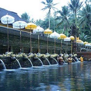 tirta empul temple golf
