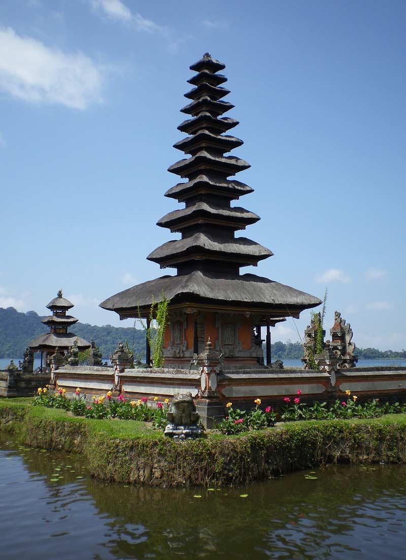 Ulun Danu Beratan Temple - Temples in Bali
