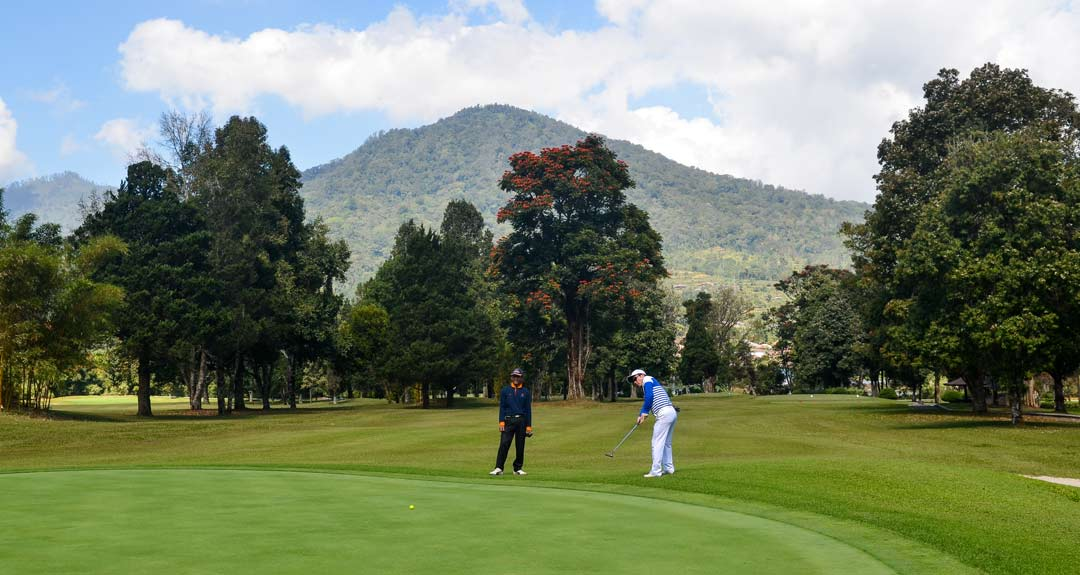 Bali golf getaway experience from Green View field