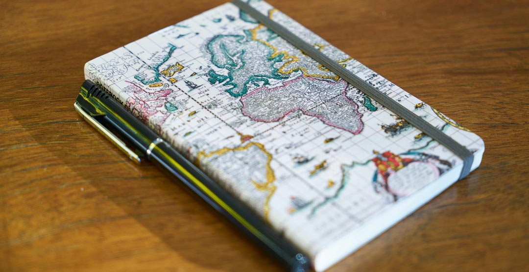 Custom Note Book one of the best gift for golfers